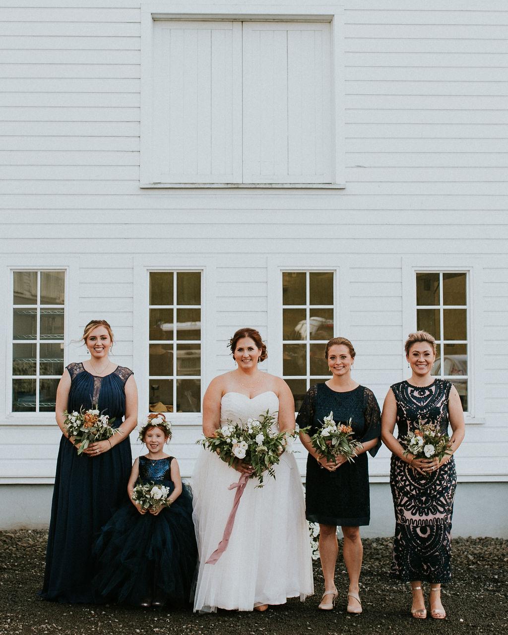 Oswego Hills Vineyard & Winery Wedding  Hazelwood Photo   Peachy Keen Coordination