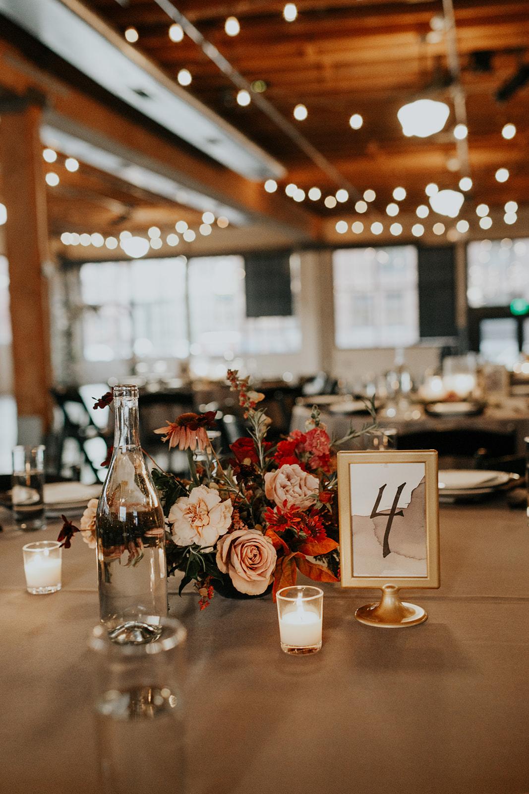 fall castaway portland wedding by gina paulson photography | peachy keen coordination